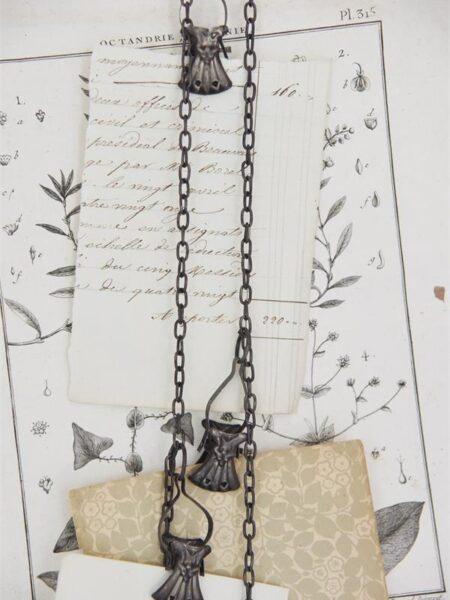 Clips på kæde - 2 x 5 cm - Mørk metal