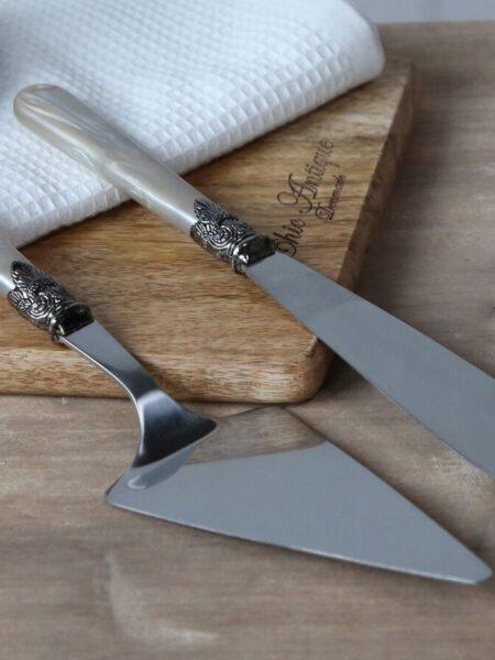 Linas Kagespade & kagekniv sæt af 2 i antique champagne